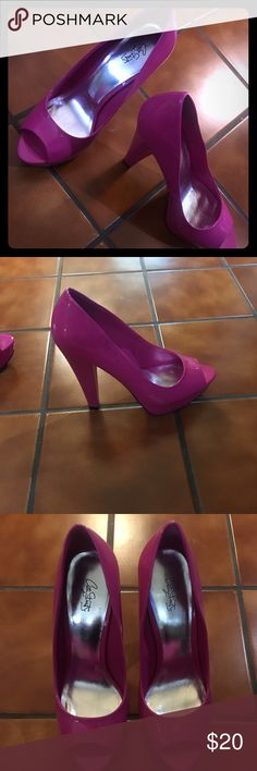 Cute hot pink heels Never worn but have a few little scuffs sexy and fun high heels Shoes Platforms