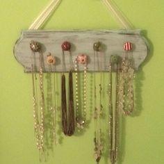 Doorknob necklace holder