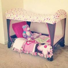 Turn your pack n play into Portable toddler bed/ reading area. (Old pack n play, cut off the mesh on one side, and use a Toddler fitted sheet over the top) Pack And Play, Portable Toddler Bed, Portable Bed, Diy Bebe, Toddler Fun, Everything Baby, Kids Corner, Future Baby, Girl Room