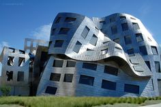 Lou Ruvo Center by Frank O. Gehry