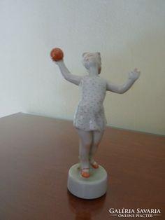 Zsolnay, labdás tornász lány figura pajzspecséttel, számmal Lany, Table Lamp, Retro, Home Decor, Decoration Home, Room Decor, Table Lamps, Rustic, Interior Design