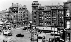 Parkhead X. Remember going to Dr Green the dentist. Office situated farthest right and then going to Woolworth's for a treat. Old Pictures, Old Photos, Glasgow Architecture, Family History Book, 2nd City, Glasgow Scotland, Best Cities, Street View, London