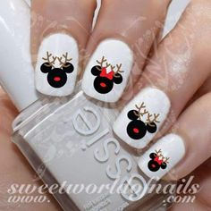 Disney Christmas Nail Art Reindeer Mickey Minnie Mouse Water Decals Many women prefer to visit the hairdresser even if … Nail Art Mickey, Xmas Nail Art, Xmas Nails, New Year's Nails, Nails Inc, Holiday Nails, Cool Nail Art, Seasonal Nails, Disney Christmas Nails