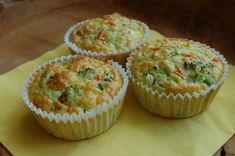 Zeleninové muffiny Muffins, Cheesecake, Food And Drink, Pasta, Bread, Vegetables, Cooking, Breakfast, Recipes