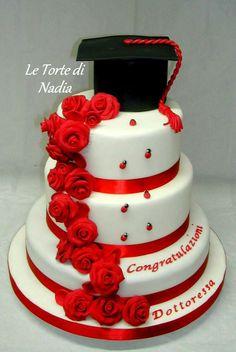 Torta di Laurea  Info: 389 9355816 anche WhatsApp #torta #tortaalcioccolato #torte #tortalaurea  #laurea #cake #cakedesign #torteartistiche #letortedinadia #cisternadilatina