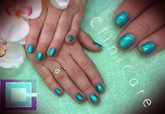 CND Shellac Hotski To Tchotchke op korte natuurlijke nagels - short natural nails - @ CliniCare