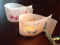 ♥ **Ein toller Hingucker für eure Festtafel.** ♥ ♥ ♥   Das Do-it-Yourself Set besteht aus 6 Windlichtern (Lichthüllen) in Fischform - Motiv: Babyhände.   Die Vorderseite wird mit Namen, großem...