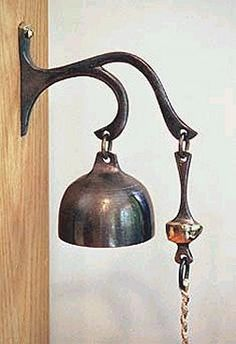 U.S. Bells Bronze Bells - Dinner Bell Excellent for announcing meals, this is also one of U. S. Bells most popular door bells for smaller houses and apartments. Elegant yet simple, it works well with