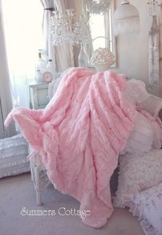 Shabby pink fur satin ribbon ruffle roses chic throw soft cozy blanket 2019 The post Shabby pink fur satin ribbon ruffle roses chic throw soft cozy blanket 2019 appeared first on Blanket Diy. Pink Love, Pretty In Pink, Pale Pink, Plaid Rose, Couleur Rose Pastel, Shabby Style, Foto Fantasy, Tout Rose, Fru Fru