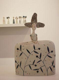 papiermache (papel mache)Jane Muir - Oriel Myrddin Gallery