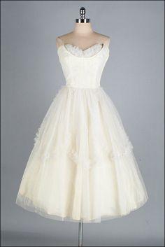 Vintage 1950s Dress  Ivory Tulle  Full Skirt  by millstreetvintage, $165.00