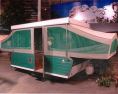 +vintage popup campers | ... fame museum library conference center 1984x1584 Popup Camper Trailer