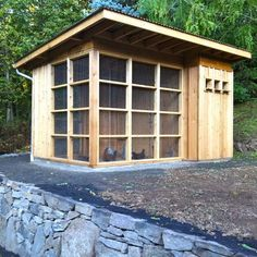 Chicken Coop. this is beautiful!!!