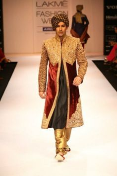 fitted_sherwani