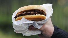 WO GIBT ES DIE MEISTEN FAST FOOD-RESTAURANTS? Flensburg ist bei Burgern King Ganz im Norden gibt es die meisten Fastfood-Restaurants in Deutschland