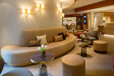 Hotel Landhaus Wachtelhof designed by JOI-Design: Lobby Lounge ©JOI-Design