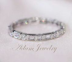 Unique Baguette/Round14K White Gold Wedding van AdamJewelry op Etsy, $595.00
