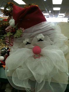 Geo-Mesh Santa