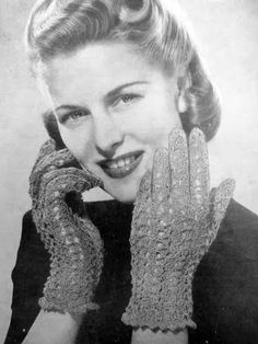 The   Vintage   Pattern   Files: 1940's Knitting & Crocheting - Womens Lacy Gloves
