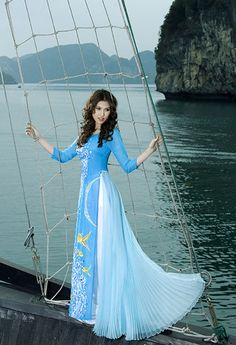 ao dai - light blue - interesting skirt