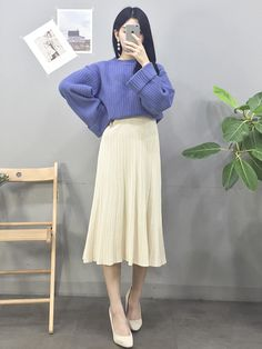 Korean Fashion Trends you can Steal – Designer Fashion Tips Korean Girl Fashion, Korean Fashion Trends, Korean Street Fashion, Ulzzang Fashion, Korea Fashion, Kpop Fashion, Asian Fashion, Fashion 2018, Cute Modest Outfits
