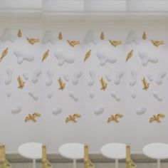 Birds in the sky :) ours new instalation of 3D wallpapers by porcelain Pirsc studio... #birds #clouds #white #gold #3dwallpaper #porcelain #pirscporcelain #skyonthewall #glassimo #prague
