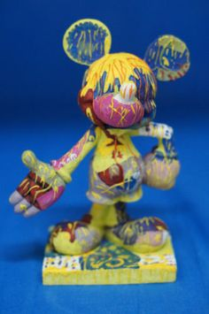 """Mickey Mouse in Yellow 6"""" Resin Figurine 75th Disney Inspearations 17823"""