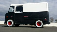 Rare 1969 Chevy Step Van Vintage Shorty Stepvan - Certified Pre-owned Chevrolet Other for sale in Westminster, California Westminster California, Mobile Fashion Truck, Chevy, Chevrolet, Fat Dogs, Step Van, Old School Vans, Shop Truck, Panel Truck