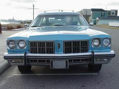 1975 Oldsmobile Custom Cruiser Wagon