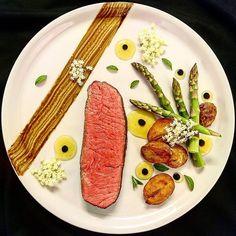 "1,149 Likes, 11 Comments - chefsplateform@gmail.com (@chefsplateform) on Instagram: ""Beef sirloin, asparagus, potatos, elder dip. By @peter_angyal via @PhotoAroundApp Visit our new…"""