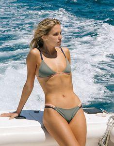 a4f3926297eb8 TAVIK WOMENS COLOR BLOCK ZEPPLIN TOP - Whalebone Surf Shop Tavik Swimwear,  Surf Shop,