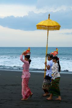 Bali, Indonesia Www.rudisbalitours.com