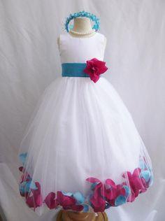 CUSTOM COLOR Flower Girl Dress Rose Petal Dress por LuuniKids