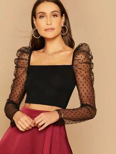 To find out about the Dobby Mesh Puff Sleeve Crop Top at SHEIN, part of our latest Women Tops ready to shop online today! Leg Of Mutton Sleeve, Fancy Blouse Designs, Spring Outfits Women, Looks Chic, Monochrom, Moda Fashion, Fashion Sale, Crop Tops, Women's Tops