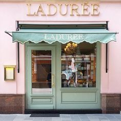 ImageFind images and videos about pink, shop and laduree on We Heart It - the app to get lost in what you love. Cafe Interior Design, Cafe Design, Store Design, Laduree Paris, Coffee Shop Design, Shop Fronts, Architecture, House, Inspiration