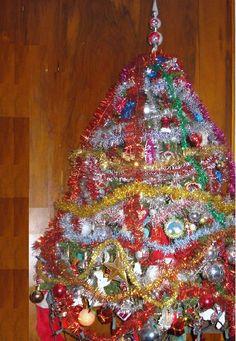 good bad and wickedly ugly christmas trees 2009 - Ugly Christmas Trees