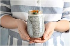 Health Benefits Of Chia Seeds for Acne, Weight Loss and Immunity + Side Effects Chia Benefits, Health Benefits, Chia Seeds Side Effects, Chia Seeds Protein, Food For Digestion, Healthy Lunches For Kids, Eating Raw, Eating Clean, Essential Fatty Acids