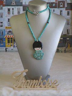 """Ravissant collier pendentif perles et céramique """"Une ravissante Kokeshi"""" de la boutique framboisefrancoise sur Etsy"""