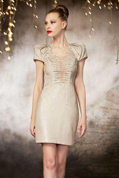 Luxus Kleider für Damen in Gold