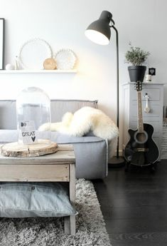 Wohnzimmereinrichtung weiß  IKEA Klippan 2er Sofa weiß in Top-Zustand! in Hamburg | h o m e ...
