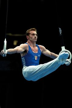 Yuri Chechi, Gymnastics, Still Rings Boys Gymnastics, Gymnastics Videos, Gymnastics Workout, Gymnastics Pictures, Artistic Gymnastics, Male Gymnast, Gymnastic Rings, Athletic Men, Bodybuilding Workouts