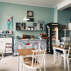 "Gefällt 77 Mal, 1 Kommentare - 📍Regensburg, Germany | 💌 K (@franziskasbk) auf Instagram: ""Lovely. #cafe #coffee #vintage #girly #vsco #inspiremyinstagram #instapicture #instamoment…"""