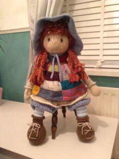 Holly Lottie doll