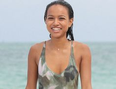Video: Time to cool down off! Karrueche Tran chills out a...