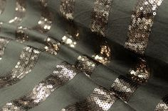 Bronze Sequin Stripe of Khaki Knit All That Glitters, Fabrics, Sequins, Bronze, Knitting, Diamond, Jewelry, Fashion, Tejidos