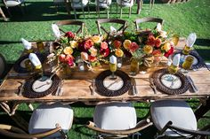 Outdoor tented dinner reception | @johncain Photography | @bellabrides | @bellaacento | @stampedpaperco