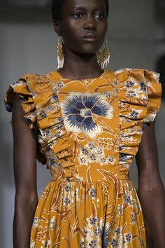 Ulla Johnson Antoinette Floral-Print Silk Maxi Dress Source by odamemaritha - atemberaubende kleider African Attire, African Fashion Dresses, African Dress, Fall Fashion Trends, Autumn Fashion, Mode Outfits, Fashion Outfits, Fashion Top, Fashion Clothes