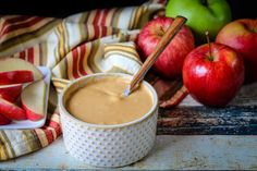 Caramel Ganache in a bowl with apples around it Apple Dip, Apple Slices, Caramel Candy, Caramel Apples, Mac Recipe, Recipe Box, Caramel Ganache, How To Melt Caramel, Chocolate Company