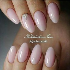 Best Ideas to Make Your Oval Nails Even More Gorgeous - Nails - Cute Nails, Pretty Nails, My Nails, Pink Wedding Nails, Wedding Makeup, Almond Shape Nails, Nails Shape, Almond Nails Pink, Short Almond Nails