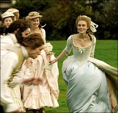 Keira Knightley as Georgiana Cavendish, Duchess of Devonshire in The Duchess Keira Knightley, Period Costumes, Movie Costumes, Georgiana Cavendish, Duchess Georgiana, Beckham, The Dutchess, The Duchess Of Devonshire, Marie Stuart
